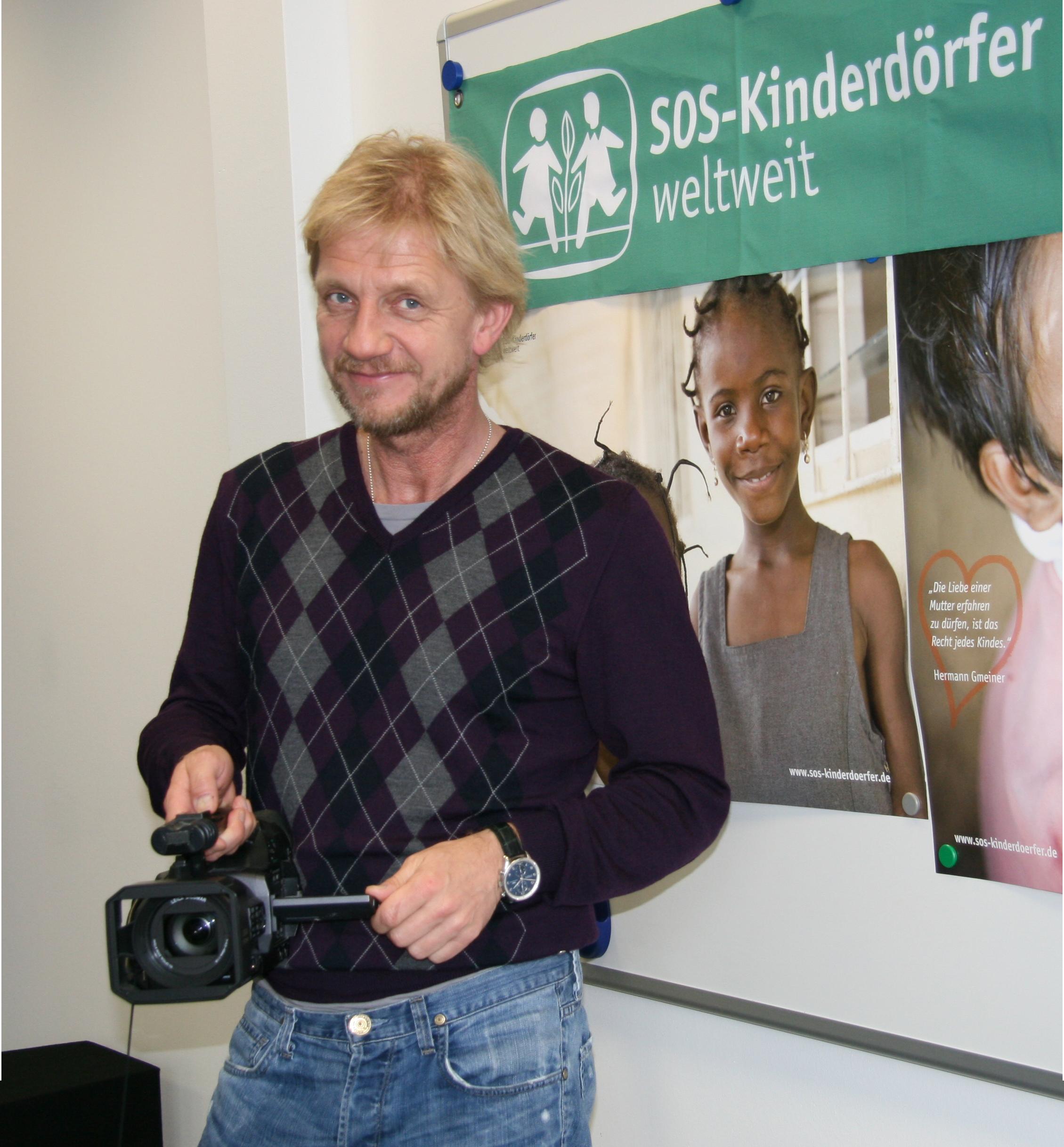Pressemitteilung - SOS-Kinderdörfer versteigern \