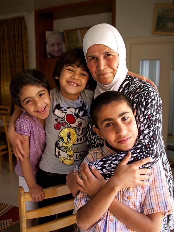 ein sos kinderdorf f r kriegswaisen in syrien jetzt spenden. Black Bedroom Furniture Sets. Home Design Ideas