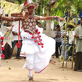 Traditionelles Fest im SOS-Kinderdorf in Sri Lanka