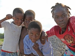 Kinder in Les Cayes, Haiti